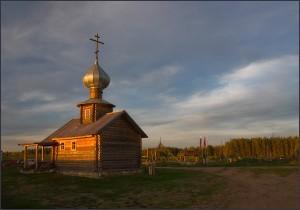 Часовенка на закате. Киногородок. оз.Михайловское. Сентябрь 2010г.